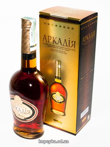 Коньяк Україна 0.5л аркадія коробка