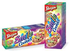 Печиво Bergen Cookies 135г smile з шоколадним драже